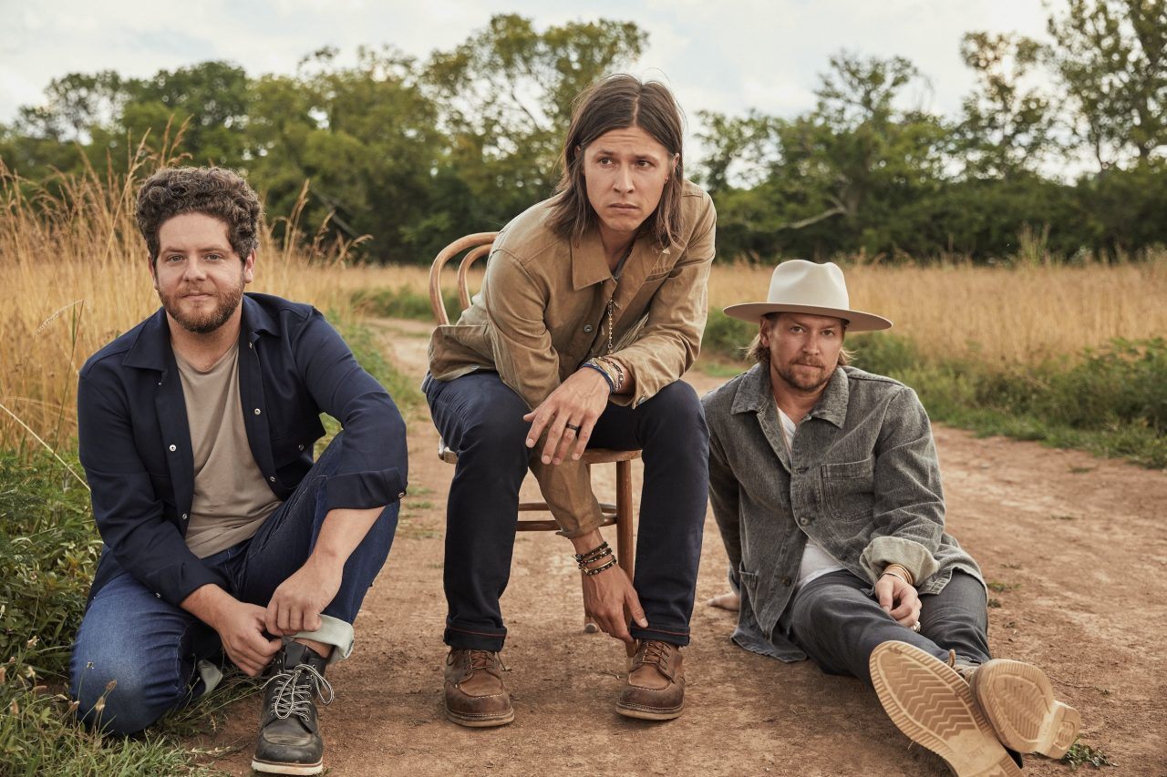 NEEDTOBREATHE Premiere Stunning Live Rendition of 'Banks'