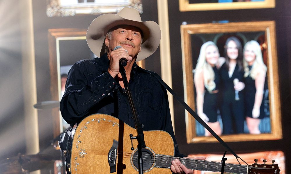 Alan Jackson Sites Justin Timberlake as New Song's Inspiration
