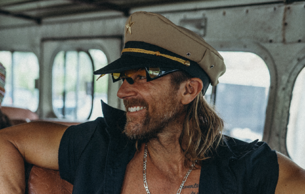 Kip Moore Takes Flight With Headlining 2021 The How High Tour