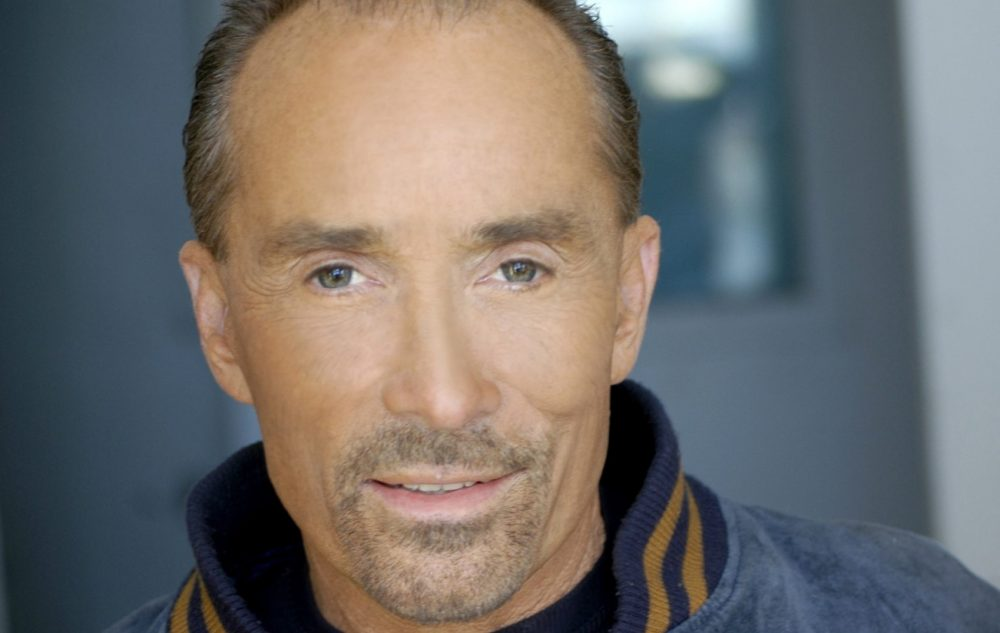 Lee Greenwood Prepares for Publication of 'God Bless the USA Bible'