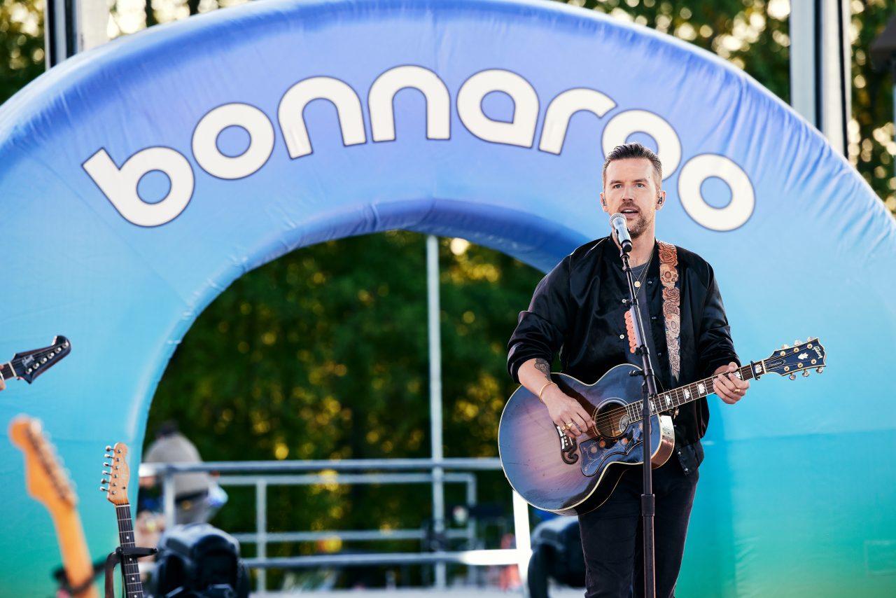 Brothers Osborne and Dierks Bentley Ignite 'Lighten Up' on CMT Awards