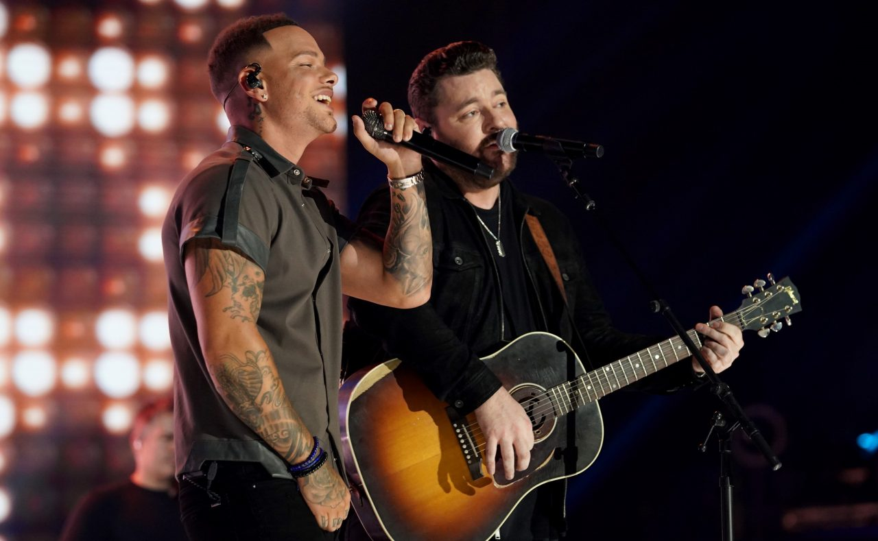 Kane Brown and Chris Young Tribute 'Famous Friends' at CMT Awards