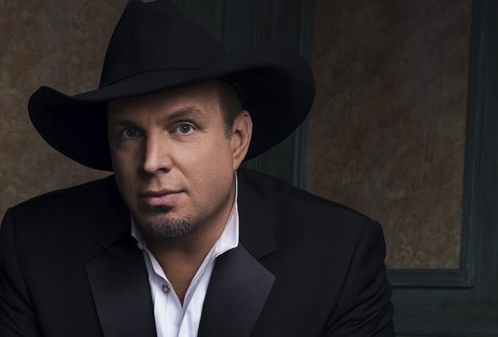 Garth Brooks Is Bringing His Stadium Tour to Nashville in July