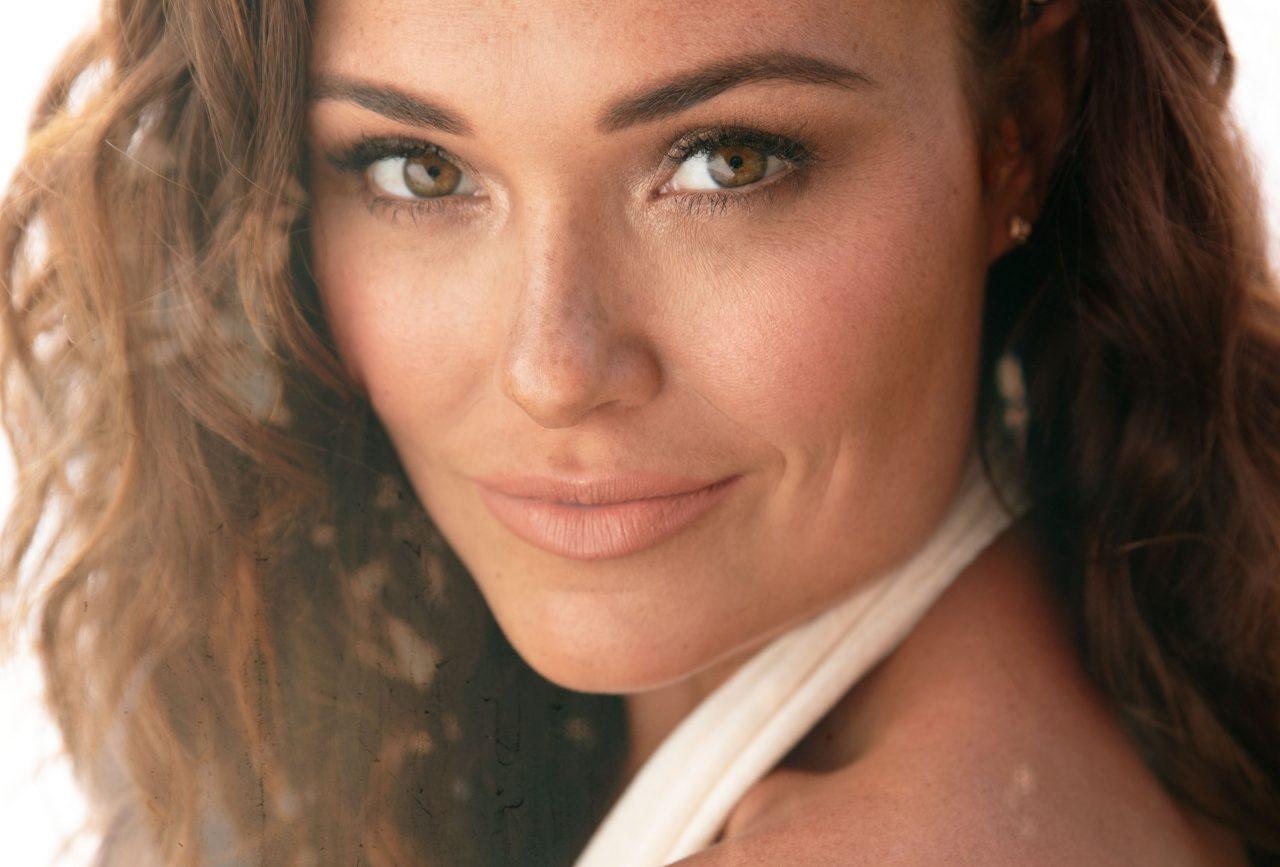 Kylie Morgan Plans Release of Personal Debut EP, 'Love, Kylie'