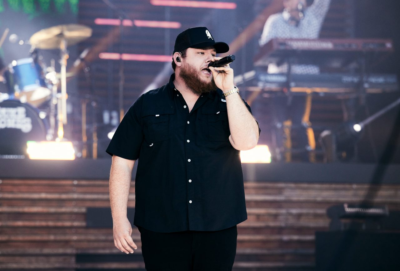 Luke Combs Brings Bold 'Cold As You' to CMT Awards
