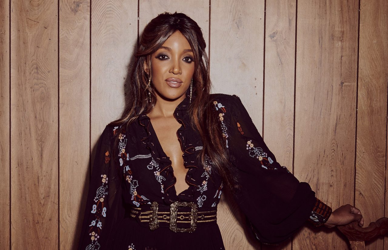Mickey Guyton Discusses Her Debut Album While CMT Announces Her As 'Breakthrough Artist of the Year'