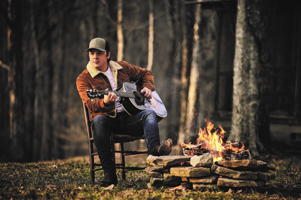 Travis Denning To Release New EP, 'Dirt Road Down'