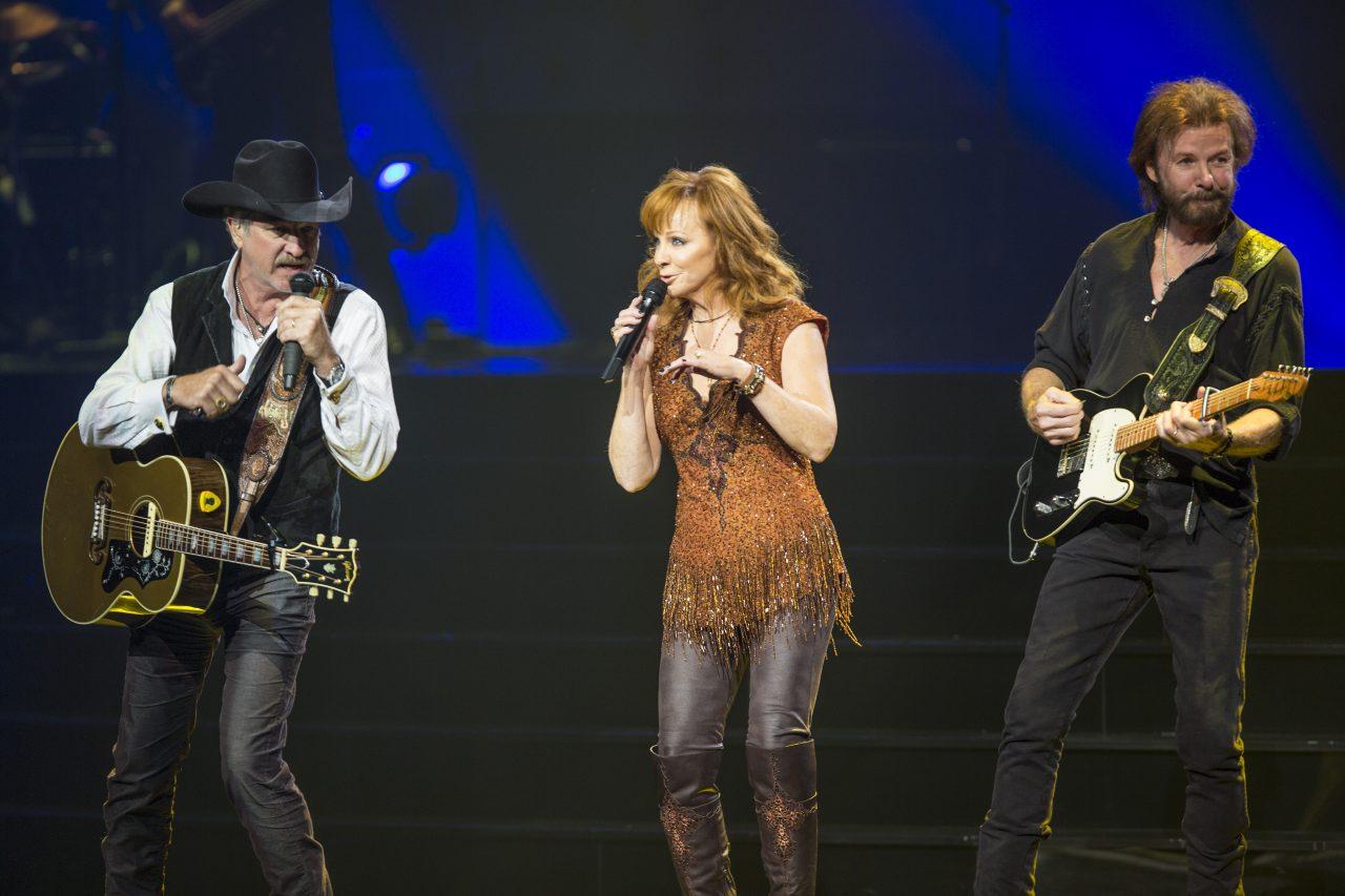 Reba, Brooks & Dunn Set Final Dates of Las Vegas Residency
