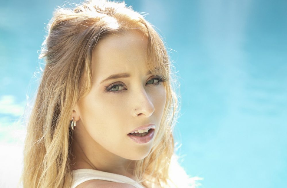 Kalie Shorr Holds Nothing Back with New EP 'I Got Here By Accident'