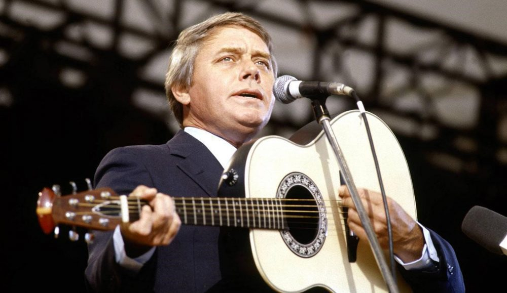 Tom T. Hall, Country Hall of Fame Member, Dies at 85